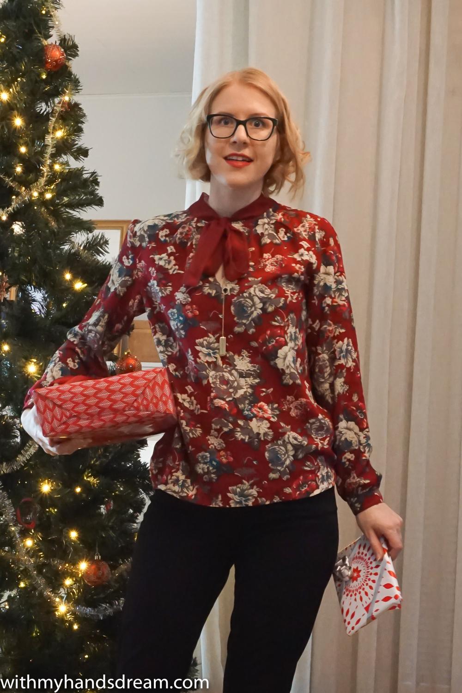 red-pussy-bow-blouse-lekala-4420