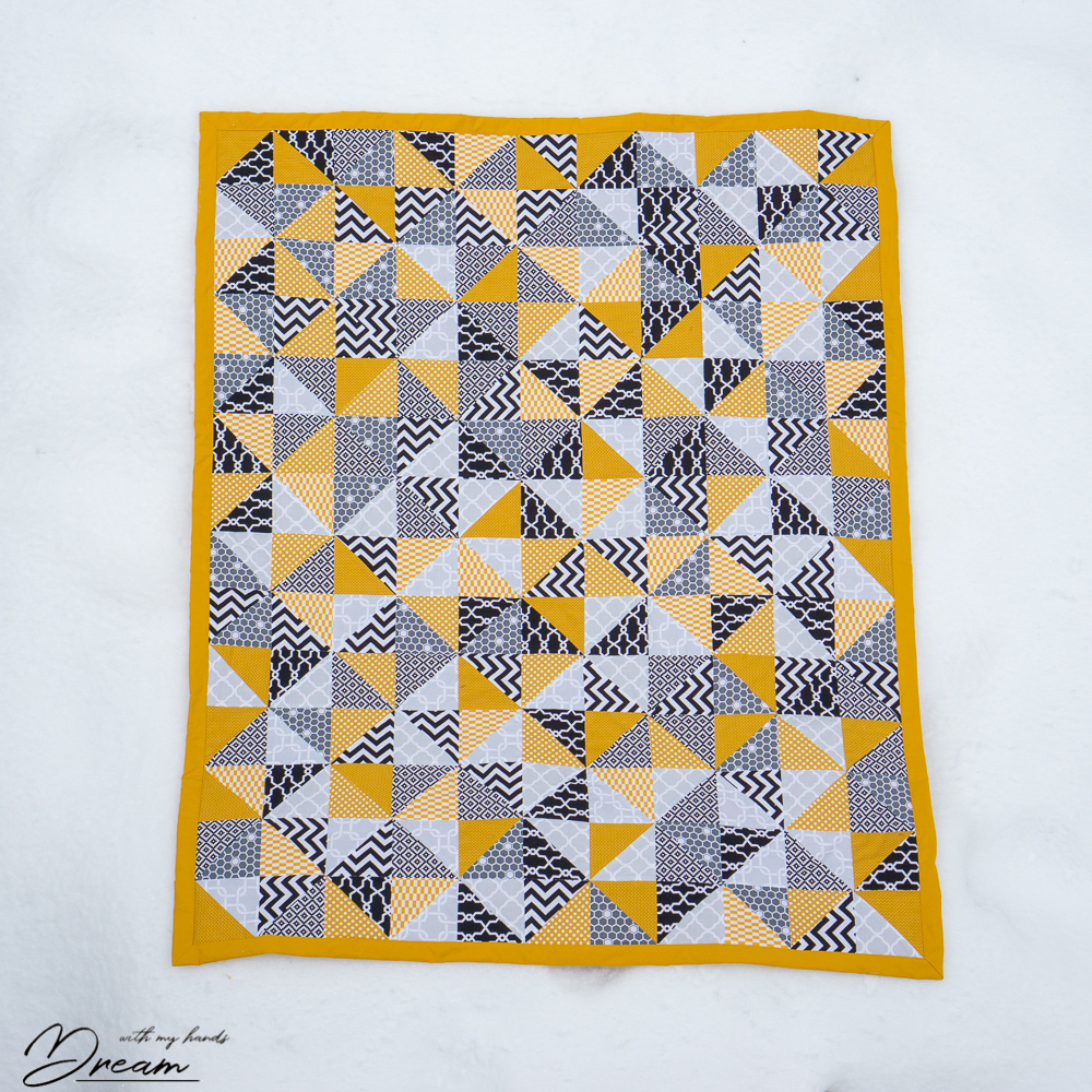 Random Triangle Quilt With My Hands Dream