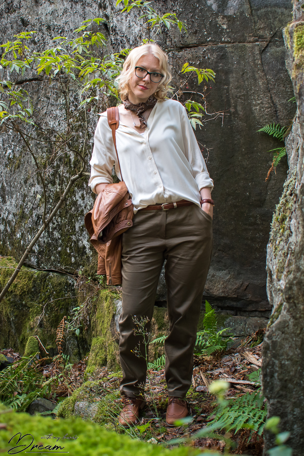 alpi-trousers-and-a-refashioned-blouse-a-la-indiana-jones